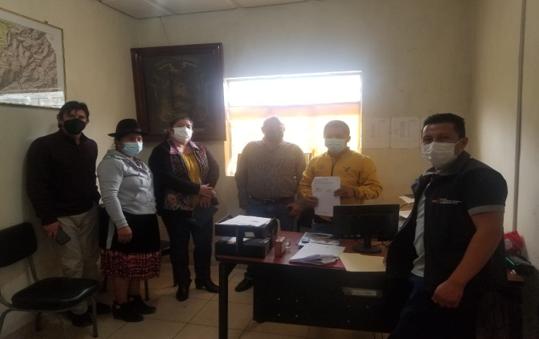 FIRMA DE CONVENIO COOPERACIÓN INTERINSTITUCIONAL ENTRE EL MINISTERIO DE AGRICULTURA Y GANADERIA CON EL GAD, PARA LA IMPLEMENTACIÓN DE HUERTOS FAMILIARES PARA LOS ADULTOS MAYORES Y PERSONAS CON DISCAPACIDADES ESPECIALES.